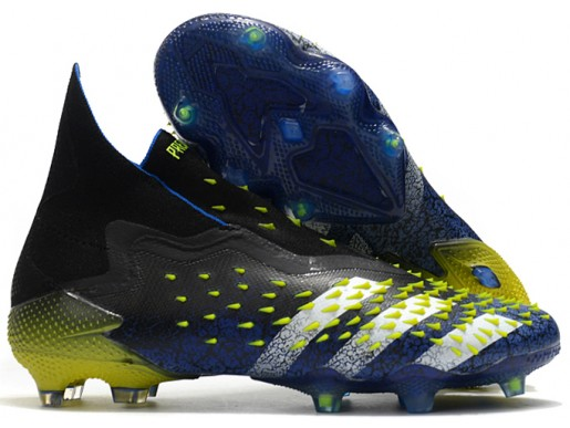 Бутсы (Копы) Adidas Predator Freak+ FG