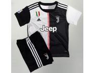Футбольная форма (футболка, шорты) Ювентус