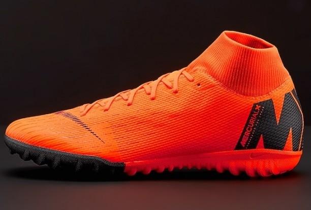 Nike сороконожки